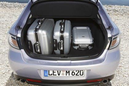 Mazda 6 Limousine GH Innenansicht Kofferraum statisch silber