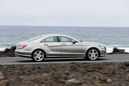 Mercedes-Benz CLS C218 Aussenansicht Seite dynamisch silber