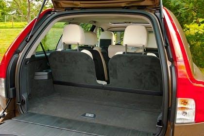 Volvo XC90 Aussenansicht Heck Kofferraum geöffnet statisch braun