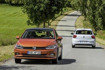 VW Polo AW Aussenansicht Front Heck dynamisch orange weiss