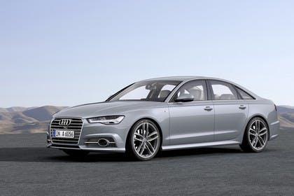 Audi A6 C7 Aussenansicht Front schräg statisch silber