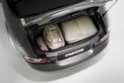 Mazda MX-5 NC Studio Innenansicht Kofferraum statisch grau