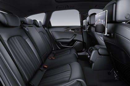 Audi A6 C7 Avant Innenansicht Rücksitzbank Studio statisch schwarz