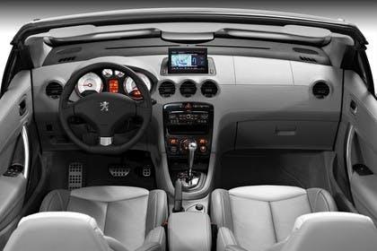 Peugeot 308 CC Innenansicht mittig Studio statisch grau