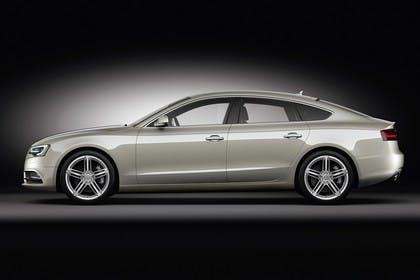 Audi A5 Sportback Facelift Aussenansicht Seite Studio statisch silber