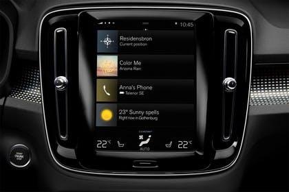 Volvo XC40 Innenansicht statisch Studio Detail Infotainmentbildschrim