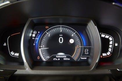 Renault Espace RFC Innenansicht statisch Detail Tacho