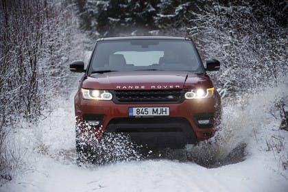 Land Rover Range Rover Sport LW Aussenansicht Front dynamisch rot