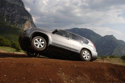 Nissan X-Trail T31 Aussenansicht Seite schräg dynamisch grau