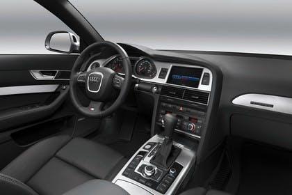 Audi A6 4f Innenansicht Beifahrerposition Studio statisch schwarz