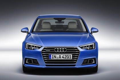 Audi A4 Limousine B9 Aussenansicht Front Studio statisch blau