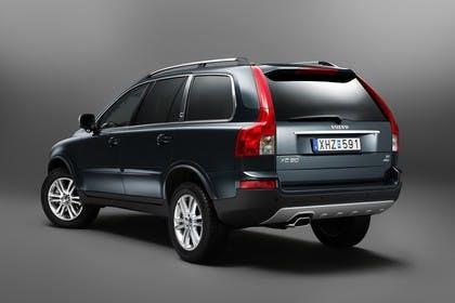 Volvo XC90 Aussenansicht Heck schräg Studio statisch petrol