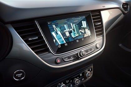 Opel Crossland X C Innenansicht statisch Detail Infotainmentbildschrim