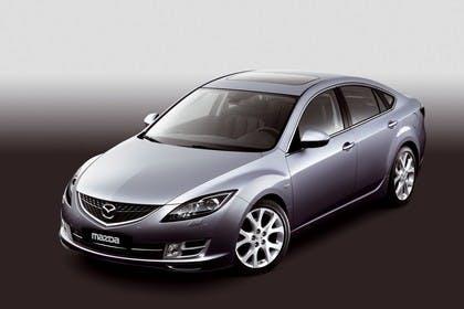 Mazda 6 Limousine GH Studio Aussenansicht Front schräg statisch silber