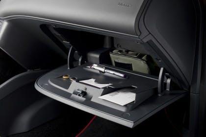 SEAT Ibiza SC 6P Handschuhfach offen