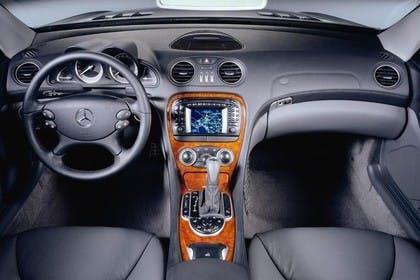 Mercedes SL R230 Studio Innenansicht Front statisch schwarz
