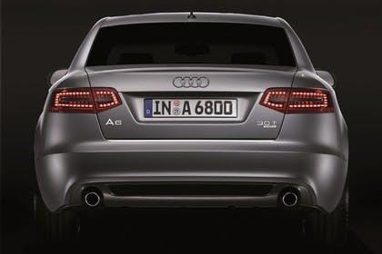 Audi A6 4f Facelift Aussenansicht Heck Studio statisch silber