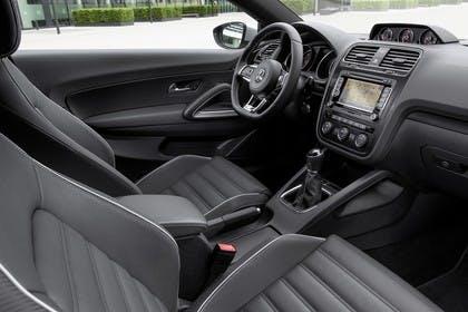 VW Scirocco Typ 13 Innenansicht Vordersitze statisch schwarz