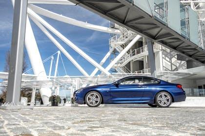 BMW 6er Coupe F13 Aussenansicht Seite statisch blau