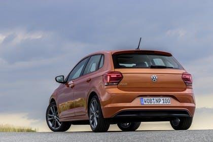 VW Polo AW Aussenansicht Heck schräg statisch orange