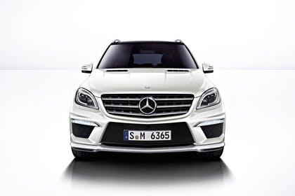 Mercedes M-Klasse W166 Studio Aussenansicht Front statisch weiß