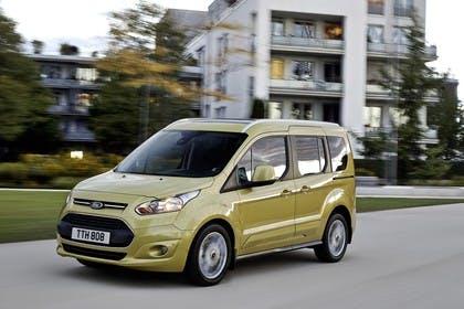 Ford Tourneo Connect PJ2 Front schräg dynamisch gelb