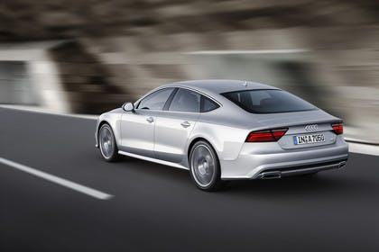 Audi A7 4G Aussenansicht Heck schräg dynamisch silber