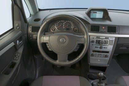 Opel Meriva A Innenansicht Fahrerposition Studio statisch schwarz