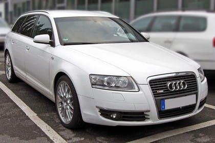 Audi A6 4F Avant Aussenansicht Front schräg statisch weiss