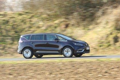 Renault Espace RFC Aussenansicht Seite schräg dynamisch braun