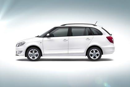 Skoda Fabia 5J Combi Facelift Aussenansicht Seite Studio statisch weiss