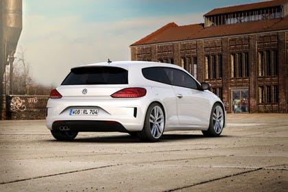 VW Scirocco R Typ 13 Aussenansicht Heck schräg statisch weiss