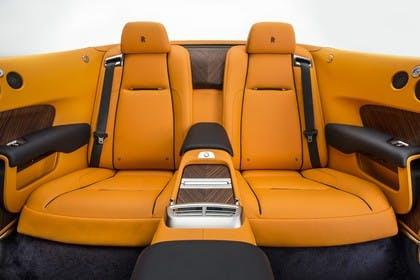 Rolls-Royce Dawn Innenansicht statisch Studio Rücksitze