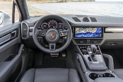 Porsche Cayenne Cockpit