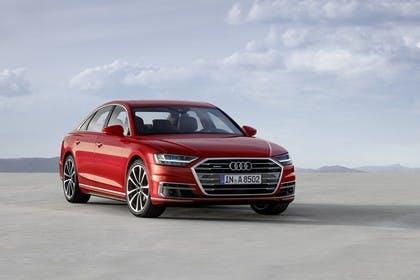 Audi A8 4N Aussenansicht Front schräg statisch rot