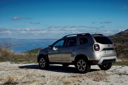 Dacia Duster SR Aussenansicht Seite schräg statisch grau