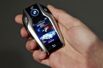 BMW i8 Detail Display Schlüssel
