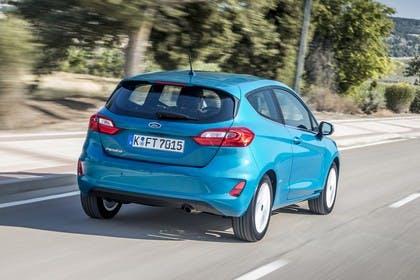 Ford Fiesta JHH Dreitürer Aussenansicht Heck schräg dynamisch blau
