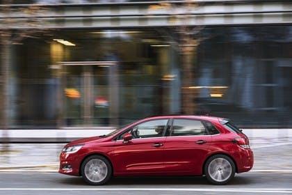 Citroën C4 N Aussenansicht Seite dynamisch rot