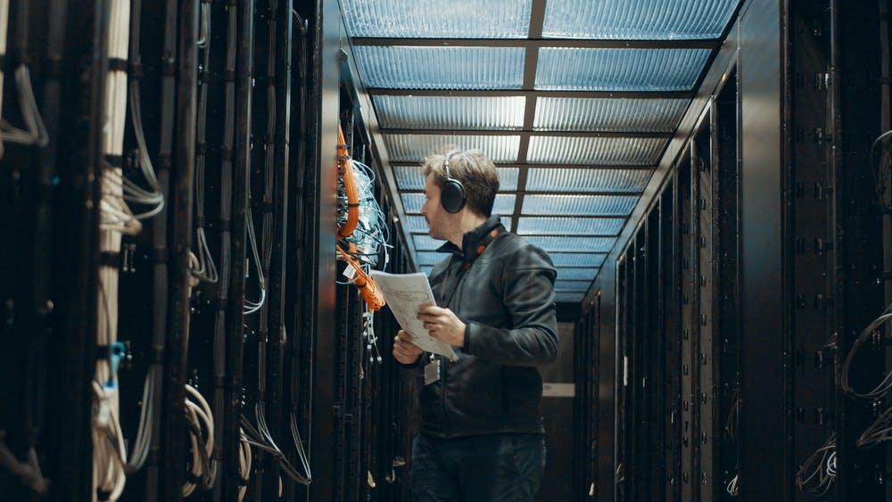 What is cloud gaming - Shadow servers