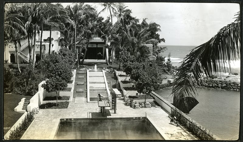 Coral sandstone pavers around Shangri La's swimming pool were removed soon after installation. Marble slabs would be used instead to match the marble slabs to be laid on the cascade steps, March-April 1939. Shangri La Historical Archives, Doris Duke Foundation for Islamic Art, Honolulu, Hawai'i.