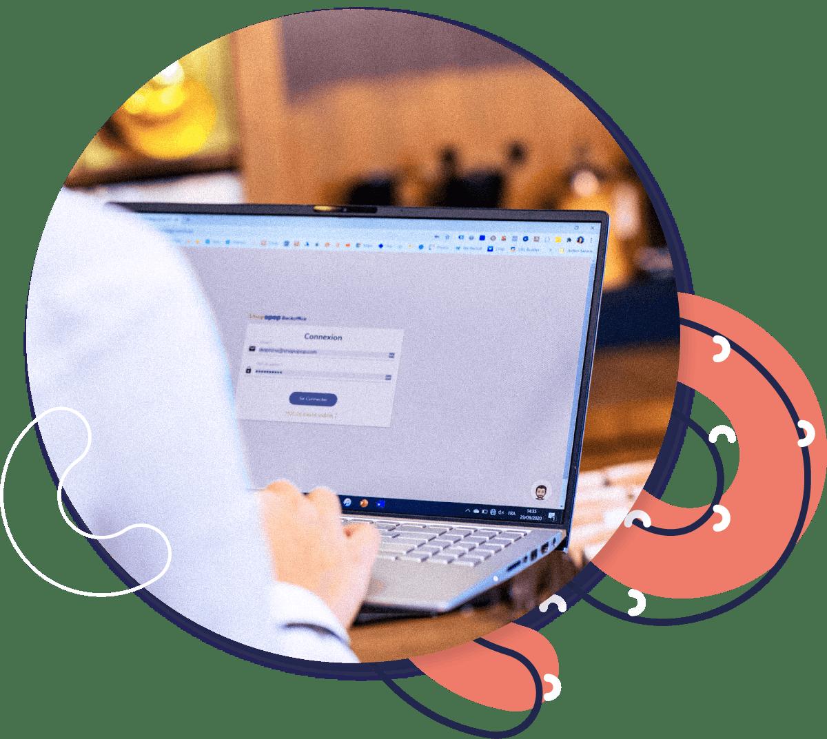 Ilustração de computador com back office da Shopopop