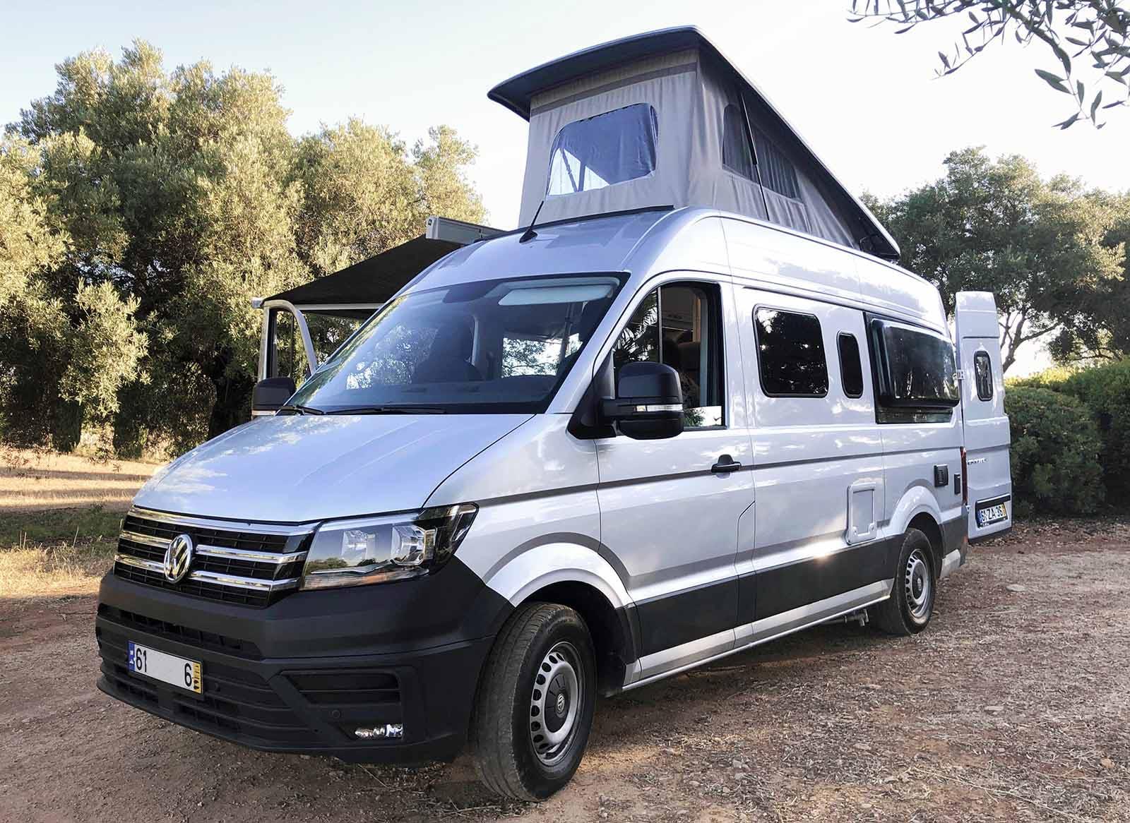 Alugue uma autocaravana em Portugal para uma viagem de aventura épica. Comece por Lisboa, Porto ou Faro.