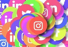 Alot of social media logos mixed together, e.g. LinkedIn, Instagram, Twitter