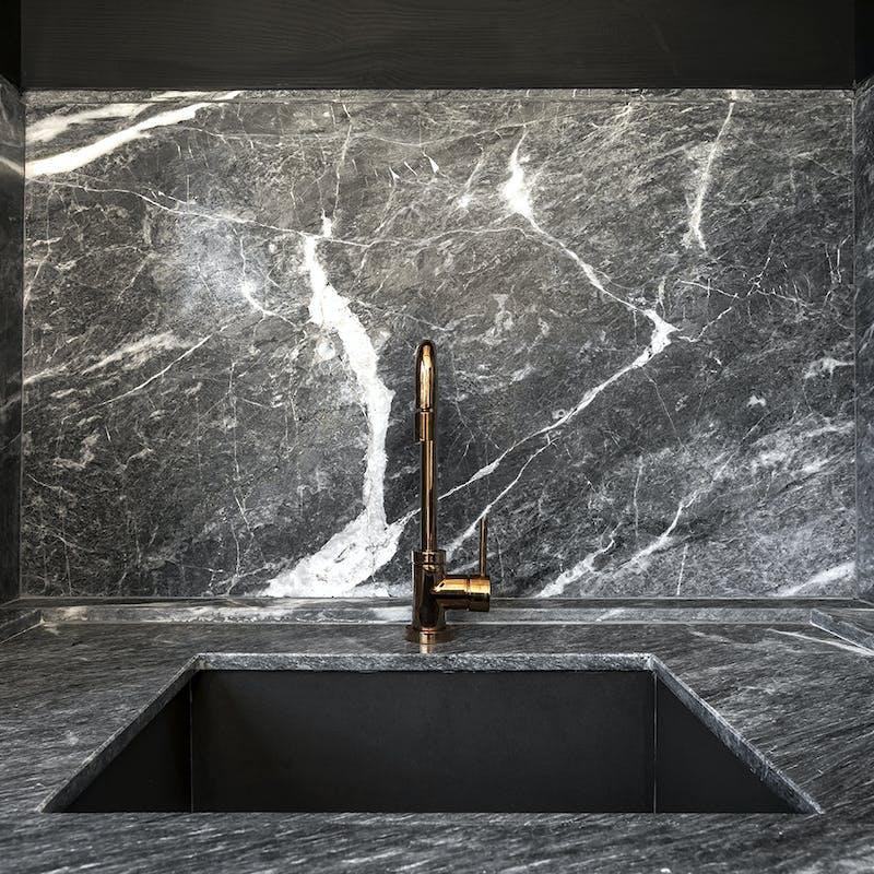 marmore-cinza-escovado