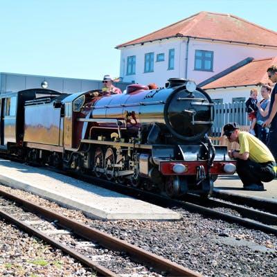 Romney, Hythe & Dymchurch Railway - Kent's miniature train set