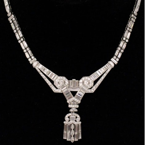 https://images.prismic.io/skeleton-ahlersoggletree/ab6ac904-7fe5-4c10-918e-9751bc3bd37b_30001_Jewelry_AhlersOgletree.jpg?auto=compress,format