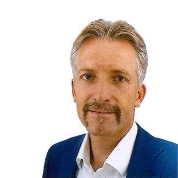 Head shot of Dr Christian Krapichler