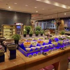Bistro on the Mile - 金域假日酒店 自助餐低至75折優惠