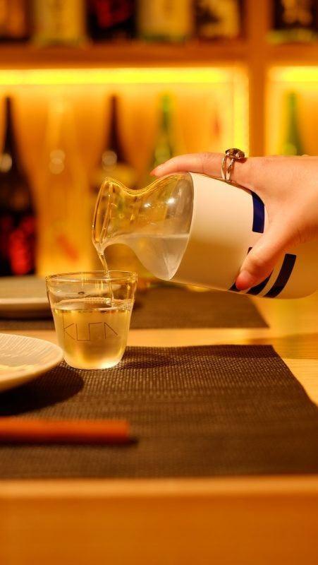 今次《新假期》全新企劃《限時秒殺》與Kura Teppan + Sake Bar合作,送出價值$388的法國鵪鶉腿鐵板燒及唎酒師精選季節清酒 ,共200份!